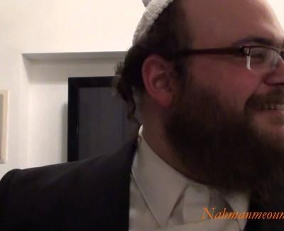 «Le roi du corps» – DISCUSSIONS ENTRE AMIS – «A Tel-Aviv»