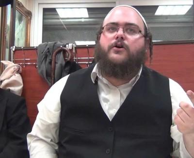 DISCUSSIONS ENTRE AMIS – «À Paris» – «Rabbi Na'hman, Le plus grand Tsadik de toutes les générations !»