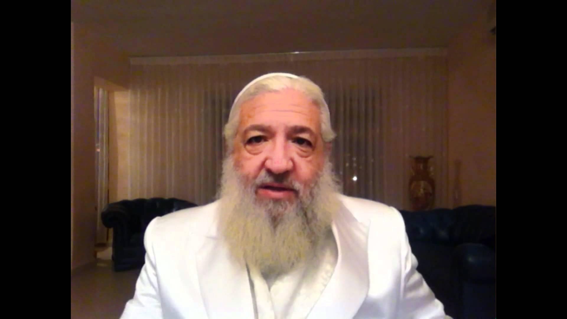 UN MOMENT AVEC YAACOV – «La tombe de Rabbi Israel Ber Odesser a été détériorée»